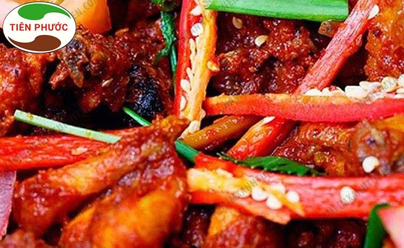 Người bị ung thư amidan nên kiêng những thức ăn cay nóng